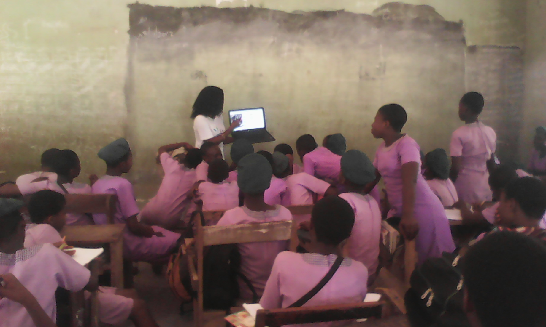 Scholars teach ICT